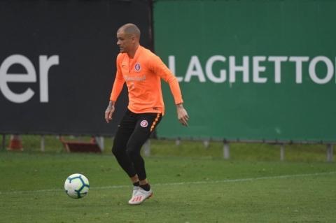 D'Alessandro treina e pode reforçar o Internacional no sábado