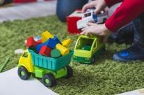 Porto Alegre tem drive-thru de arrecadação de brinquedos nesta terça-feira