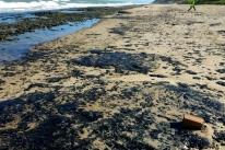 Justiça ordena 'providências imediatas' contra avanço do óleo no Nordeste