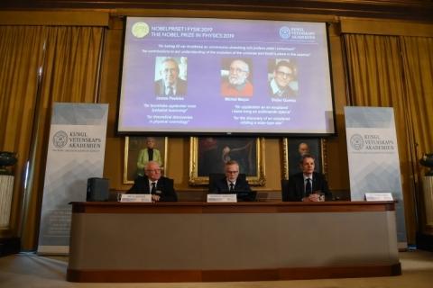 Cientistas que ajudaram a explicar o Universo ganham Nobel de Física de 2019