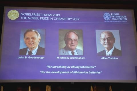 Nobel de Química 2019 vai para desenvolvimento de baterias usadas em celulares