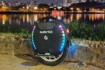 Empresa lança monociclo elétrico de alto desempenho