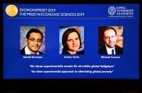 Alívio à pobreza rende Nobel de Economia