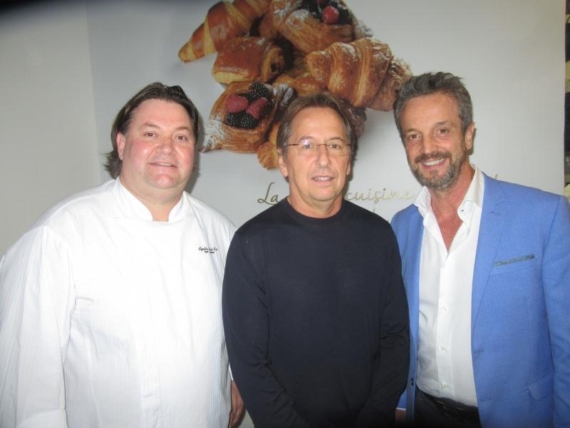 O chef Cyrille Saint-Cas, Janyck Daudet, CEO do Club Med, e Alexis de Vaulx