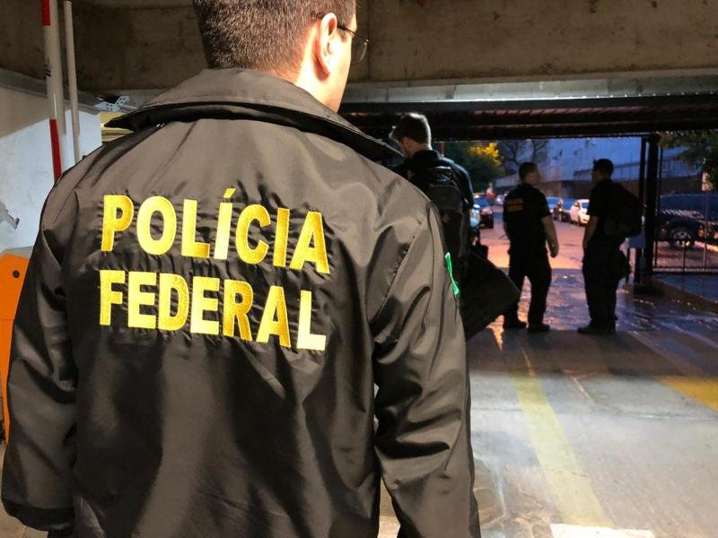 Operação Narcos desarticula grupo que atuava com tráfico de drogas e armas e lavagem de dinheiro