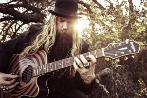 Festival gratuito de blues traz grandes nomes da guitarra a Porto Alegre