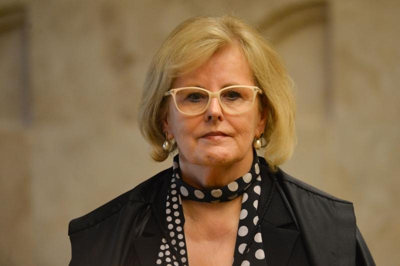 Na decisão de sete páginas, a ministra afirma não ver 'óbices' à instauração de uma investigação