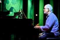 Café Fon Fon recebe o pianista Cristovão Bastos
