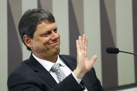 Ministro admite desestatização do Porto de Santos junto com o de São Sebastião