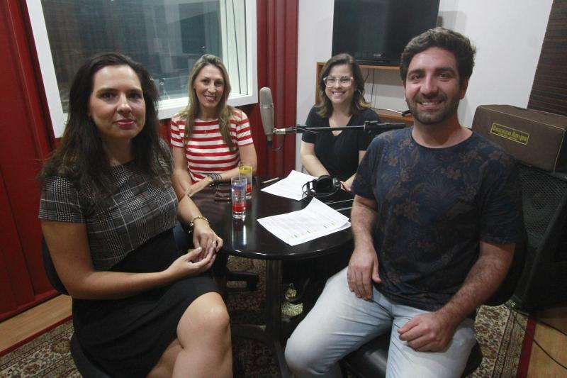 Luciana Dalfollo Ferreira Termignoni e Silvana Piccinini Loss na Gravação do podcast do GeraçãoE.