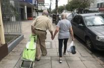 Decreto restringe circulação de idosos em Porto Alegre