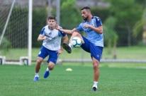 Tricolor tem retorno de titulares para o Grenal
