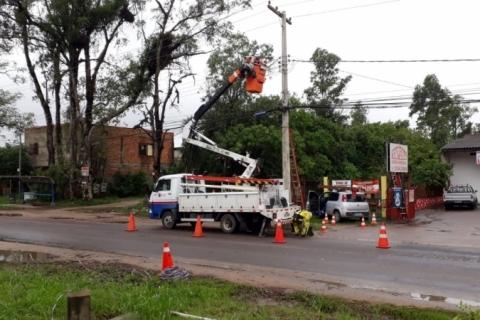 Número de residências sem luz cai para 124 mil no Rio Grande do Sul
