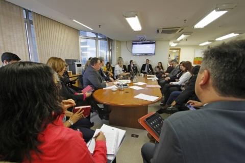 Prefeitura e sindicatos de servidores do Imesf fazem segunda mediação no TRT