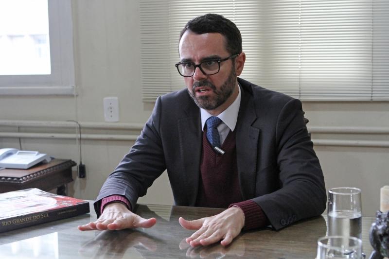 'É importante que se faça o ajuste estrutural do Estado', afirma secretário Marco Aurelio Cardoso
