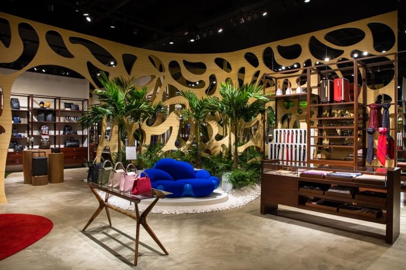 Espaço da Louis Vuitton, que ficaria por período determinado, está instalado há um ano