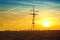 Aneel adia prazo de consulta para consumidor que gera energia elétrica