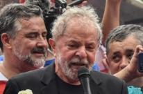 Justiça rejeita denúncia de MPF contra Lula em invasão de tríplex