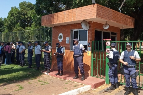 Maduro culpa Brasil por invasão à embaixada
