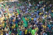 Manifestantes pedem impeachment de Gilmar e Toffoli