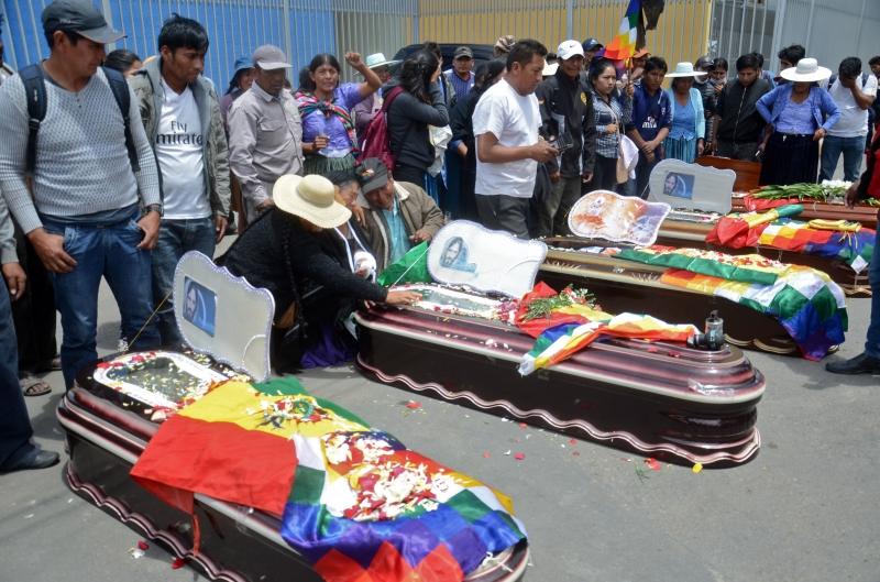 Nove apoiadores do ex-presidente foram mortos em Cochabamba