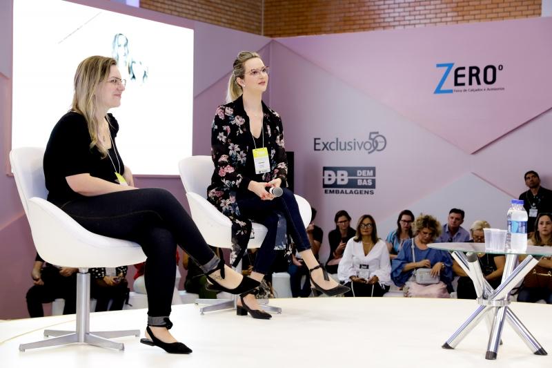 Diana (e) e Tais (d) apresentaram dicas no Spot Fashion da Zero Grau, em Gramado