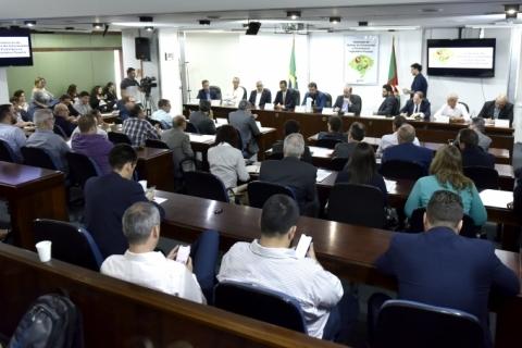 Deputados pedem mudanças no regime de substituição tributária