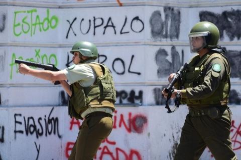 Noite de saques e incêndios aumenta tensão social no Chile