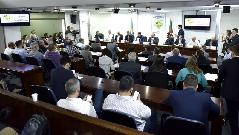 Deliberação ocorreu ontem, durante audiência pública