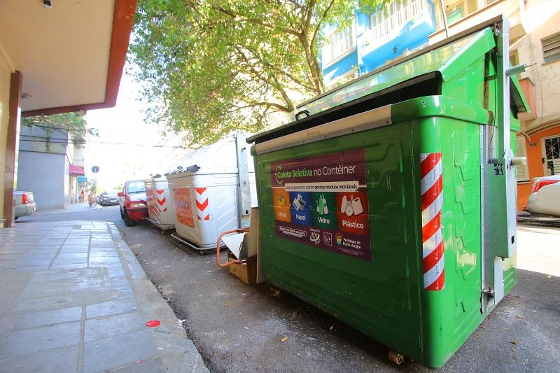DMLU tirou recipientes das áreas comerciais e os colocou nas zonas residenciais do Centro