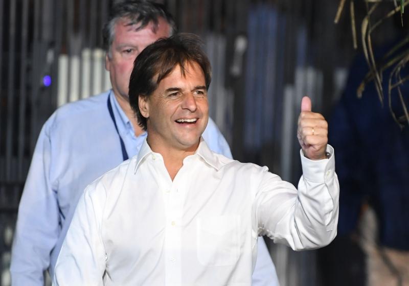 Lacalle Pou formou coalizão no segundo turno da disputa presidencial
