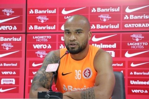 Sem Pottker, Inter recebe o Goiás