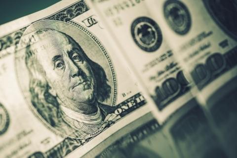 Sequência de 11 altas do dólar é a maior em 21 anos