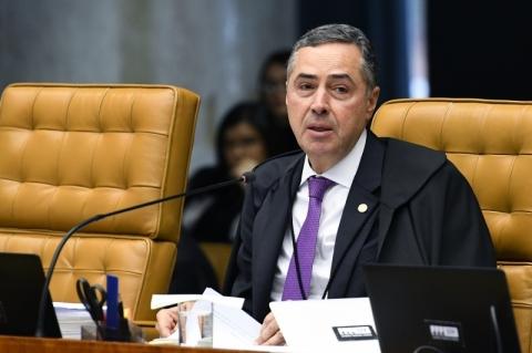 Após vetos, Barroso determina que governo contenha Covid-19 entre indígenas