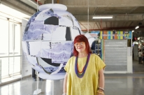 Arte e memória pautam mostra de Rochelle Costi no Pop Center