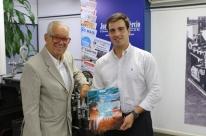 Luiz Coronel é o homenageado da Coleção Dicionários do Grupo Zaffari