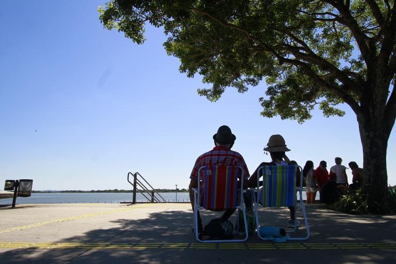 Em Porto Alegre, final de semana terá predominância de céu claro