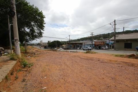 Obras da avenida Tronco, previstas para a Copa de 2014, são retomadas em Porto Alegre