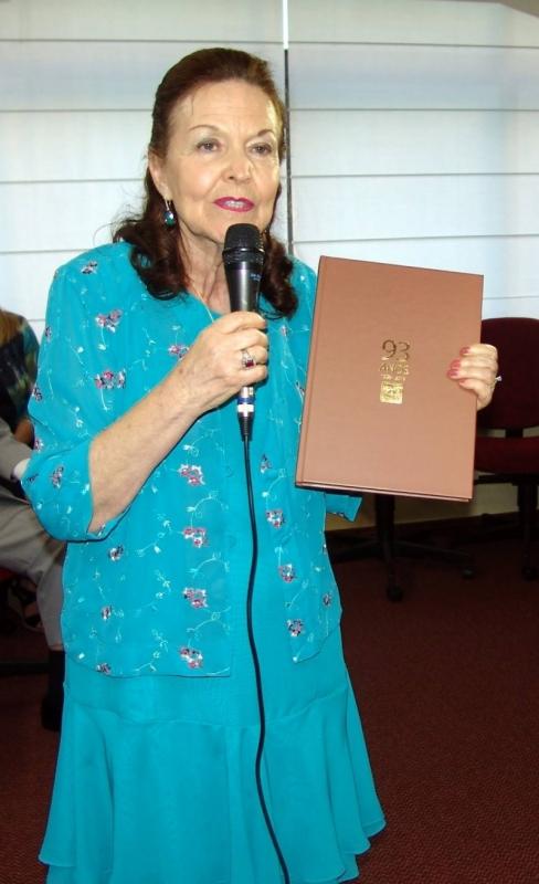 No livro, Sulamita aborda a participação do Iargs na criação da OAB-RS