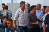 Renato Portaluppi tem alta e deixa hospital após procedimento no coração