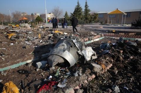 Comandante do Irã assume responsabilidade por avião ucraniano abatido