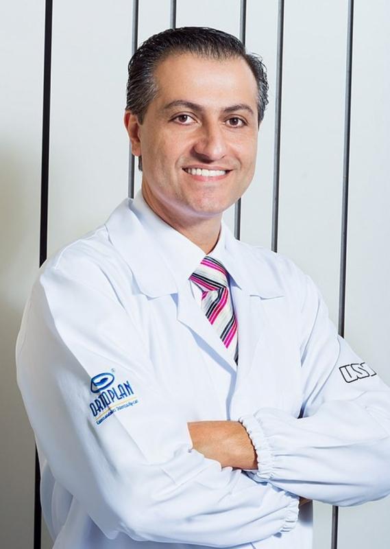Dr. Faisal Ismail - sócio-fundador e presidente da rede de franquias Ortoplan
