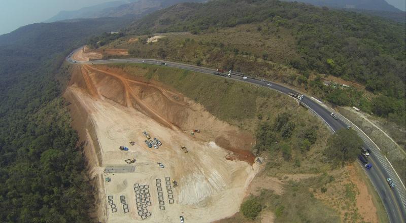 Somente a indústria extrativa mineral apresentou retração de 9,7%