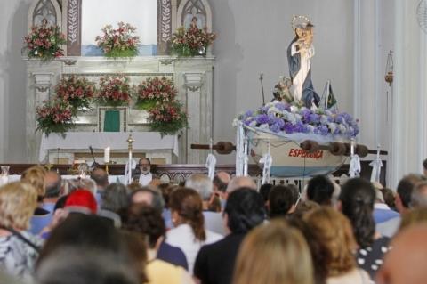 Translado de Navegantes atrai público fiel em Porto Alegre