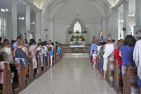 Arquidiocese de Porto Alegre suspende missas públicas