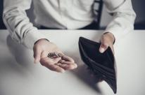 Famílias com renda até 10 salários mínimos puxam alta no endividamento