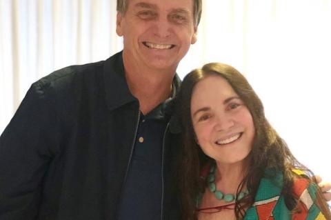 'Estamos noivando', diz Regina Duarte, sobre convite para Cultura