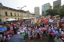 Marcha dá a largada ao Fórum Social das Resistências em Porto Alegre