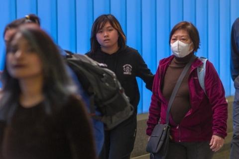 Coronavírus apresenta baixos riscos para os americanos neste momento, diz CDC