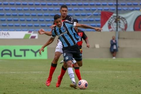 Grêmio vence e vai ter Grenal na decisão da Copa São Paulo